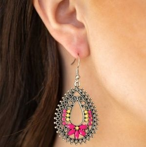 Atta Gala Earrings (pink)